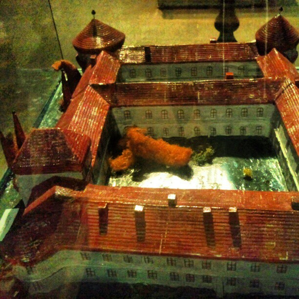 Macheta cetatii (castelului?) Ineu