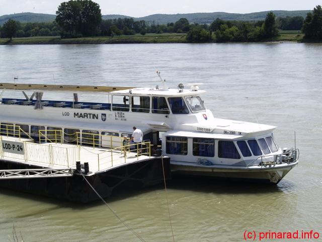 Martin. Barca noastra.